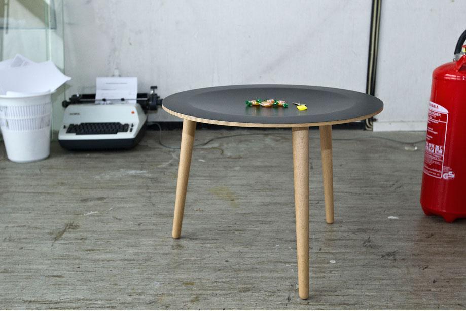 table basse en bois la bruna noir d60 x h45 tables tables basses citysigner. Black Bedroom Furniture Sets. Home Design Ideas